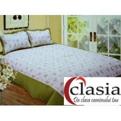 Cuvertura de pat alba cu bordura verde