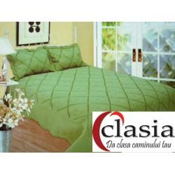Cuvertura de pat verde cu broderie