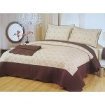 Cuvertura de pat cu mijloc bej si margini maro